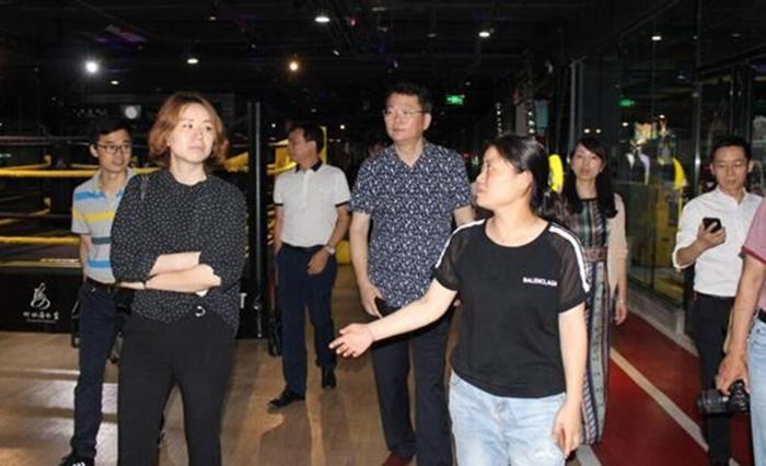 湖南省科技厅考察岳阳市科技企业孵化器、众创空间建设